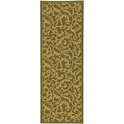Indoor/ Outdoor Mayaguana Olive/ Natural Runner (2'4x 9'11)