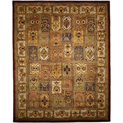 Handmade Classic Bakhtieri Multicolored Wool Rug (8' Square)