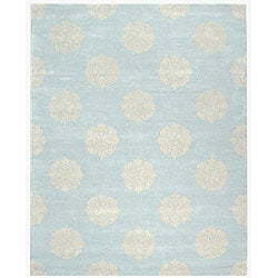 Handmade Soho Medallion Light Blue N. Z. Wool Rug (3'6 x 5'6)