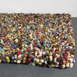 Hand-woven Multi-color Mandara Shag Wool Rug (2' x 3')