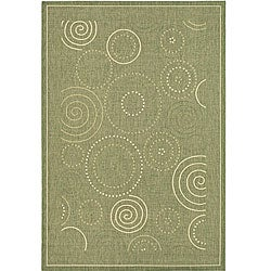 Indoor/ Outdoor Ocean Olive/ Natural Rug (6'7 x 9'6)
