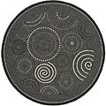 Indoor/ Outdoor Ocean Black/ Sand Rug (6'7 Round)