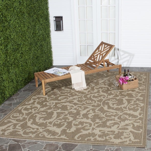 Safavieh Indoor/ Outdoor Mayaguana Brown/ Natural Rug (9' x 12')