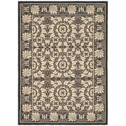 Indoor/ Outdoor Black/ Sand Rug (2'7 x 5')