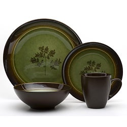 Red Vanilla Whisper Green 16-piece Dinnerware Set