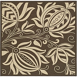 Indoor/ Outdoor Andros Chocolate/ Natural Rug (6'7 Square)