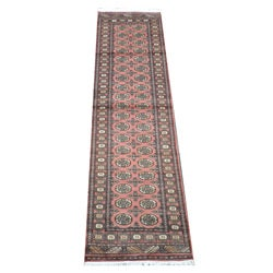 Pakistani Hand-knotted Bokhara Peach/ Ivory Wool Runner (2'8 x 10')