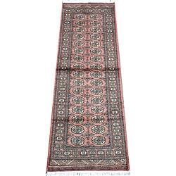 Pakistani Hand-knotted Bokhara Peach/ Ivory Wool Runner (2'8 x 8')