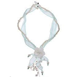 Kabella Light Green Ribbon Freshwater Pearl and Shell Flower Necklace (6-8 mm)
