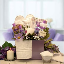 Spa Essentials Lavender Gift Box