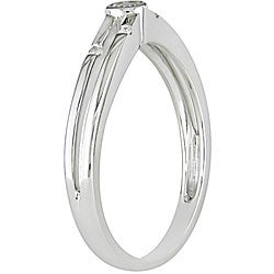 Miadora 10k White Gold 1/10ct TDW Round-cut Diamond Fashion Ring (H-I, I2-I3)