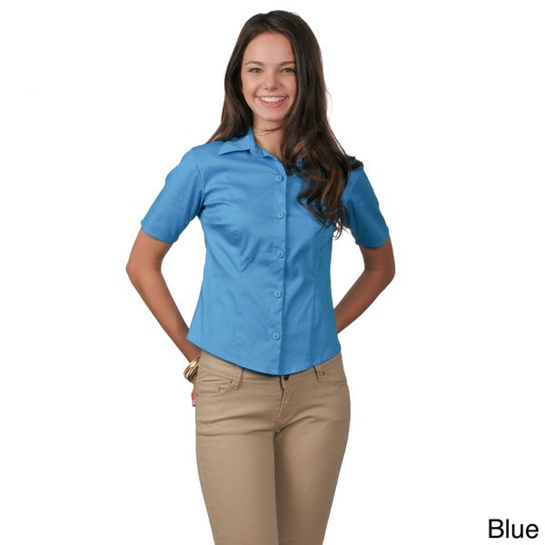 Journee Collection Women's Half-sleeve Fitted Button-Down Blouse