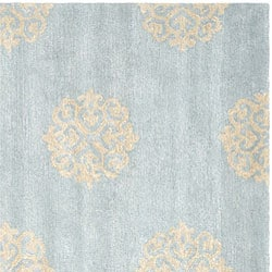 Handmade Soho Medallion Light Blue N. Z. Wool Area Rug (6' Square)