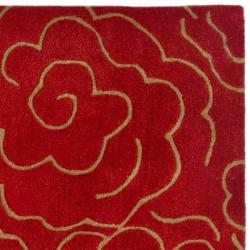 Handmade Soho Roses Red New Zealand Wool Rug (3'6 x 5'6')