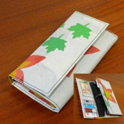 Recycled Plastic 'The Paris' Wallet (India)