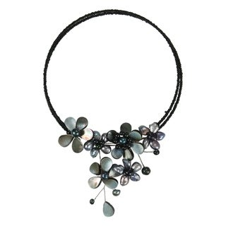 Memory Wire Black Pearl Cluster Flower Bib Choker (Thailand)