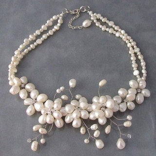 Sakura Pearl Flower Necklace (Thailand)