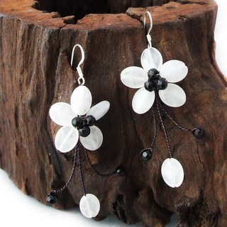 Sterling Silver Moonstone and Black Agate Flower Earrings (Thailand)