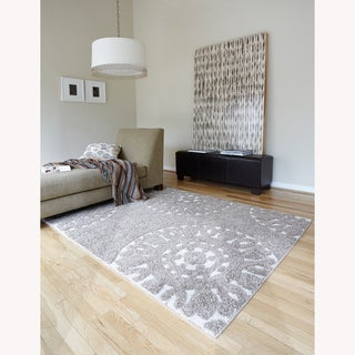Jullian beige shag rug 5 39 3 x 7 39 7 overstock shopping for 10x14 bedroom