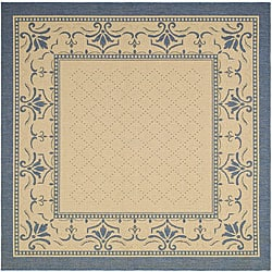 Indoor/ Outdoor Royal Natural/ Blue Rug (6' 7 Square)