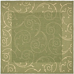 Safavieh Indoor/ Outdoor Oasis Olive/ Natural Rug (7'10 Square)