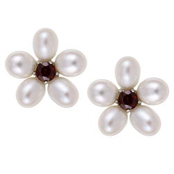 Kabella Sterling Silver Freshwater Pearl and Garnet Flower Earrings (6.5-7 mm)