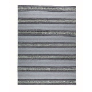 M.A.Trading Hand-woven Grenada Grey Wool Rug (4'6 x 6'6)