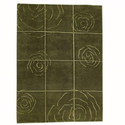 Hand-knotted Green Floral Wool Rug (5'6 x 7'10)