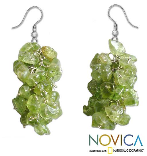 Sterling Silver 'Sweet Green Grapes' Peridot Earrings (Thailand)
