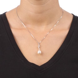 Kabella Rhodium-Plating Sterling Silver Freshwater Pearl and Cubic Zirconia Necklace (9-9.5 mm)