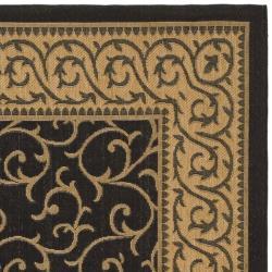 Safavieh Black/Natural Indoor/Outdoor Polypropylene Rug (2'7