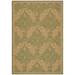 "Indoor/Outdoor Green/Natural Polypropylene Rug (7'10"" x 11')"
