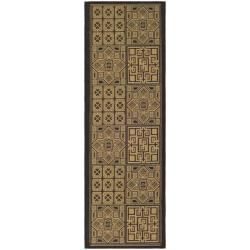 Indoor/ Outdoor Black/ Natural Runner (2'4 x 6'7)