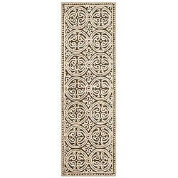 Safavieh Handmade Moroccan Cambridge Brown Wool Rug (2'6 x 10')