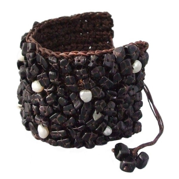 Cotton Mosaic Onyx and Pearl Cuff Wrap Pull Bracelet (Thailand)