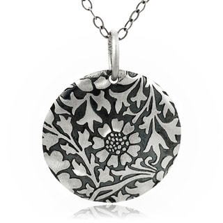 Journee Collection Sterling Silver Flower and Leaves Necklace