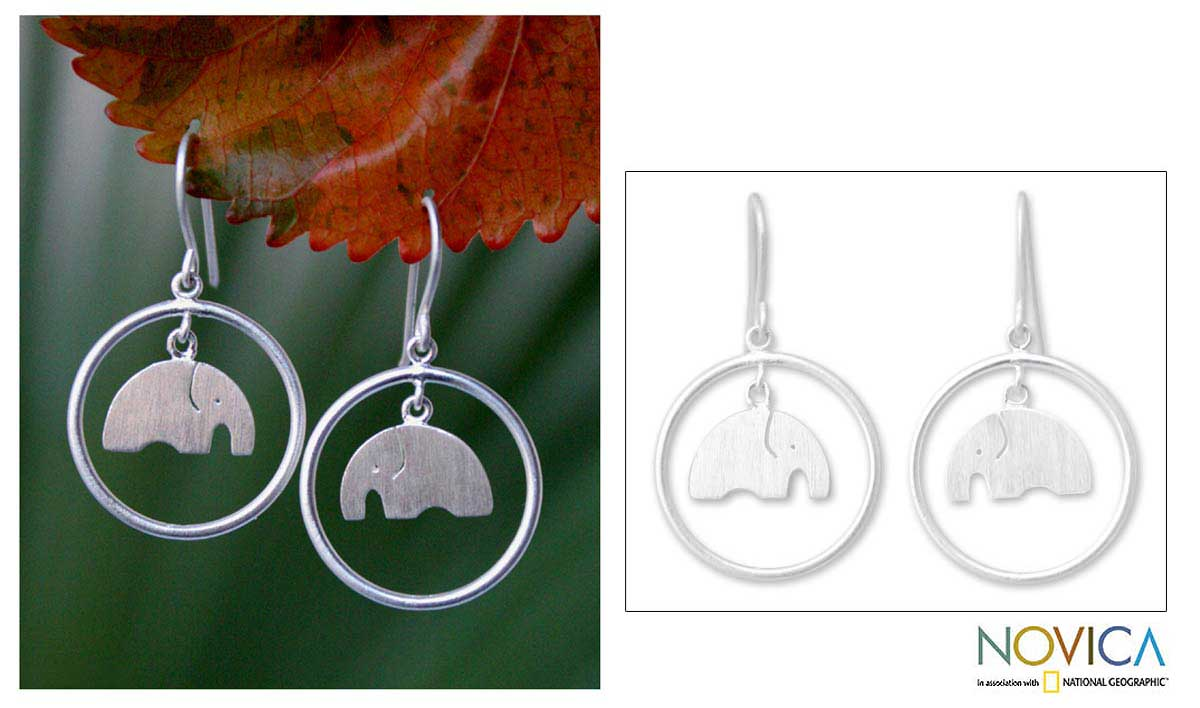 Sterling Silver 'Elephant Circle' Dangle Earrings (Thailand)