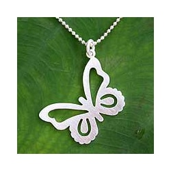 'Butterfly' Sterling Silver Pendant Necklace (Thailand)