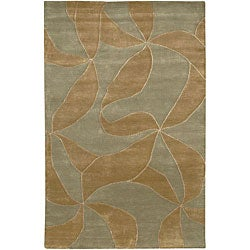 Hand-knotted Mandara Green Wool Rug (7'9 x 10'6)