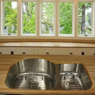 Highpoint Collection Stainless Steel 31-inch Undermount 70/30 2-bowl Kitchen Sink