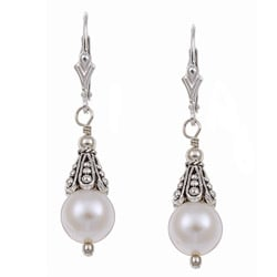 Charming Life Sterling Silver White Freshwater Pearl Earrings (8 mm)