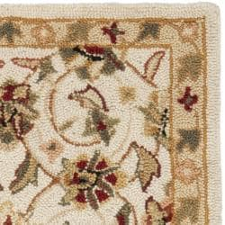 Hand-hooked Chelsea Tabriz Ivory Wool Rug (1'8 x 2'7)