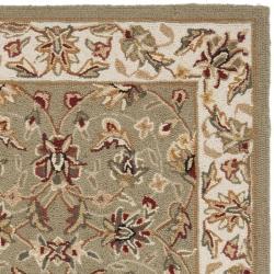 Hand-hooked Chelsea Tabriz Sage/ Ivory Wool Runner (2'6 x 8')