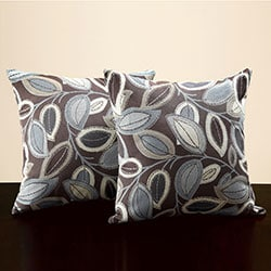 Leaves 18-inch Throw Pillows (Set of 2)