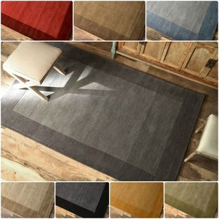 nuLOOM Handmade Zen Solid Border Wool Rug (7'6 x 9'6)