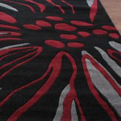 nuLOOM Handmade Black Norwegian Floral Pattern Venom Rug (5' x 8')