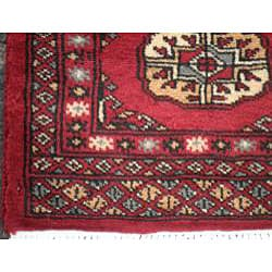 Pakistani Hand-knotted Red/ Ivory Bokhara Wool Rug (2' x 6')