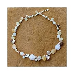 Pearl and Quartz 'Lemon Honey' Choker (4-8 mm) (Thailand)
