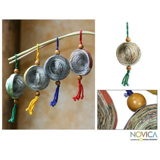 Set of 4 Recycled Paper 'Dancing Cosmos' Ornaments (Guatemala)