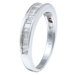 Isabella Collection 10k White Gold 1/2ct TDW Diamond Wedding Band (H-I, I3)